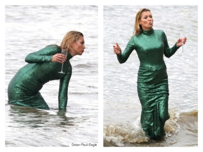 kate moss in thames for ab fab