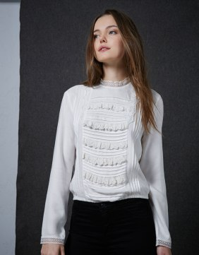 bershka lace blouse now €9.99